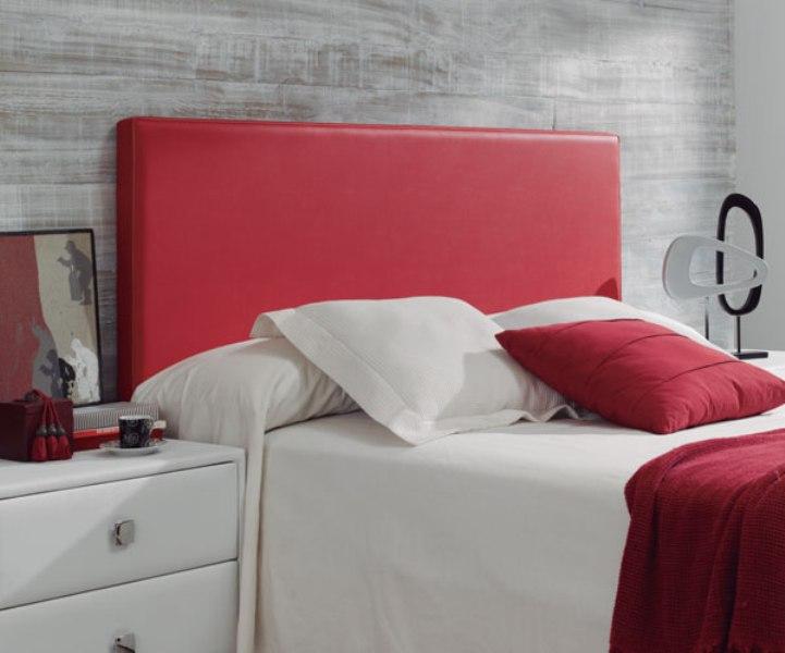 Cabecero cama liso polipiel rojo reformas y decoraci n - Telas para forrar cabecero cama ...
