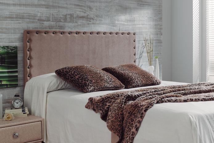 Tapizado cabecero cama reformas y decoraci n de - Telas para forrar cabecero cama ...