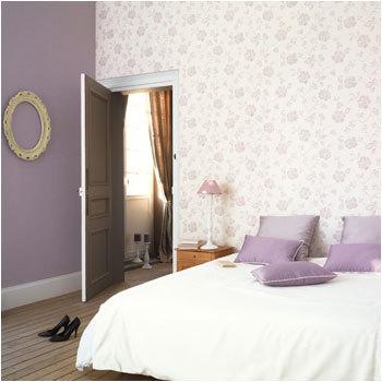 Papel pintado estilo rom ntico en lila para dormitorio - Papeles pintados para habitaciones ...