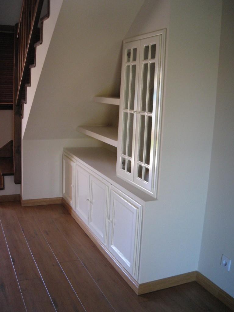 Aprovechar hueco bajo escalera con pladur reformas y for Hueco bajo escalera