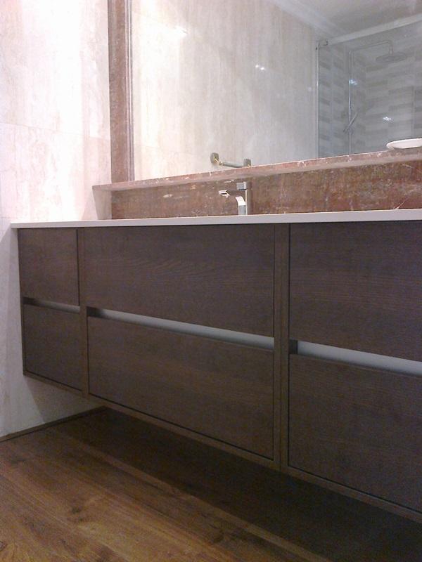 Mueble suspendido con gavetas a medida para pared ba o for Muebles de bano en leon