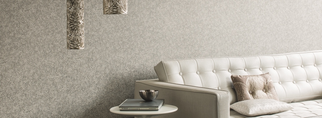Papel pintado blanco y plata en le n casamance reformas y decoraci n de interiores en le n - Muebles pintados en plata ...