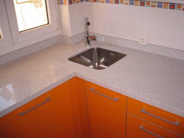 Cocina peque a fregadero rinc n reformas y decoraci n de - Muebles de cocina en leon ...