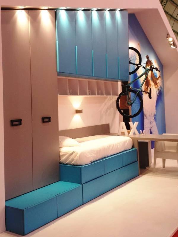 Proyecto Mueble Funcional Diseño De Mobiliario A Medida: Muebles Juveniles A Medida Techo Abuhardillado Bajo