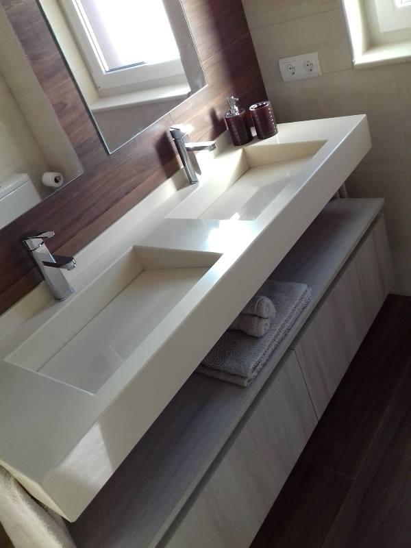 Proyecto Mueble Funcional Diseño De Mobiliario A Medida: Proyecto Chalet- Baño Encimera Dos Senos Integrados Y